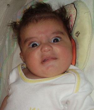 Esse bebê engraçado é o Gabriel, irmão do também engraçadissimo Sauleta